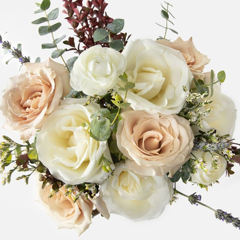 Bouquet of white roses...